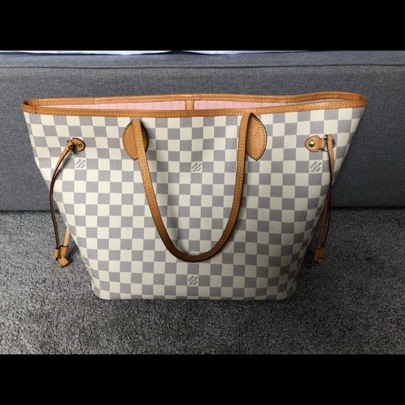 Louis Vuitton Handbags - Authentic Louis Vuitton neverfull MM